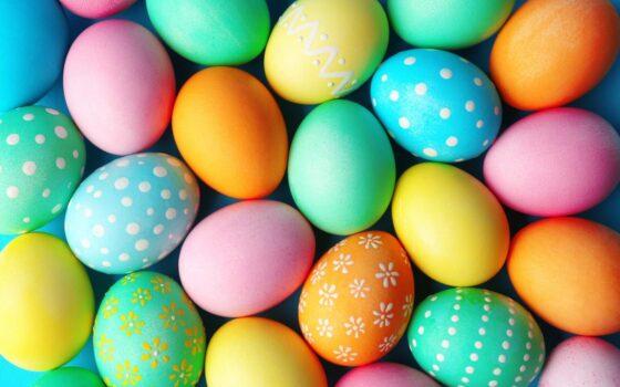 Easter eggs 1600x1067